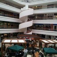 Foto tomada en Plaza Inn por Anaid44 el 2/9/2012