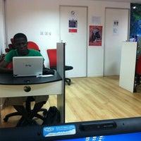 Vodafone 24 hour Internet Cafe - 10 tips