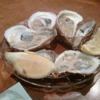 รูปภาพถ่ายที่ Union Oyster House โดย Jaisang J. เมื่อ 11/26/2011