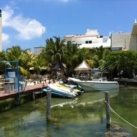 Das Foto wurde bei El Fish Fritanga von David A. am 5/4/2012 aufgenommen