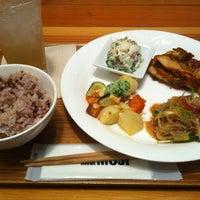 7/16/2012 tarihinde Kentaro O.ziyaretçi tarafından Café & Meal MUJI'de çekilen fotoğraf
