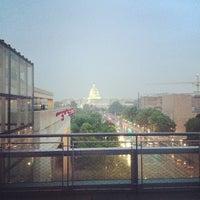 Foto tomada en Newseum por Carlos B. el 5/10/2012