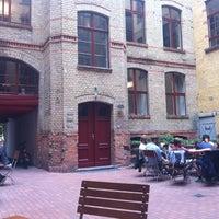 6/11/2012 tarihinde Stephen H.ziyaretçi tarafından Barcomi's Deli'de çekilen fotoğraf