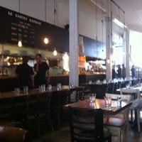 Photo prise au Le Cartet Resto Boutique par Pierre S. le9/5/2012