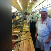 8/20/2011에 Nathan W.님이 Manny's Cafeteria & Delicatessen에서 찍은 사진