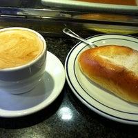 11/14/2011에 Juan J.님이 Roma Café에서 찍은 사진
