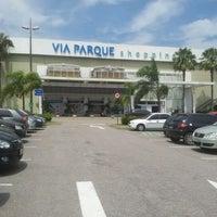 รูปภาพถ่ายที่ Via Parque Shopping โดย Monica O. เมื่อ 2/13/2012