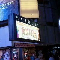Foto tirada no(a) Marquis Theatre por Craig T. em 9/8/2011