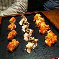 Photo prise au Sushi of Gari 46 par Derrick G. le10/17/2011