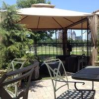 Foto scattata a Park Tavern da Alex C. il 5/20/2012