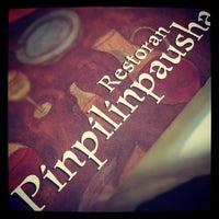 Foto tirada no(a) Pinpilinpausha por Sebastian D. em 3/24/2012