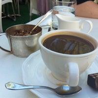 Foto tirada no(a) Moroco Chocolat por Maggie F. em 9/10/2011