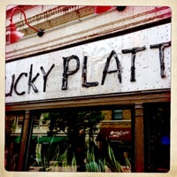 Foto tomada en The Lucky Platter  por Richard B. el 6/23/2012