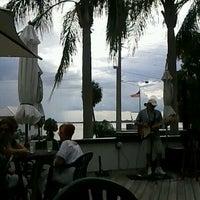 Foto tomada en Pisces Rising por Lori G. el 5/27/2012