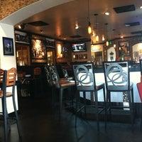 Foto tomada en Virgilio's Pizzeria & Wine Bar por Matt H. el 5/23/2012