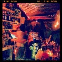 Foto tirada no(a) Réunion Surf Bar por Randolph H. em 3/3/2012