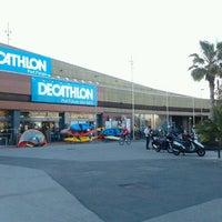 d4a726e6157 ... Foto tomada en Decathlon Port Forum por Chechu R. el 5/11/2012 ...