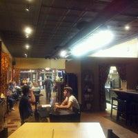 Foto tomada en Stomping Grounds Coffee & Wine Bar por Scott S. el 5/9/2012