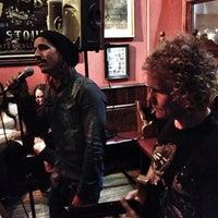 5/9/2012 tarihinde Juan C. C.ziyaretçi tarafından Hogan's Bar & Restaurant'de çekilen fotoğraf