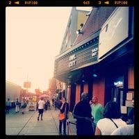 รูปภาพถ่ายที่ Paradise Rock Club โดย J.Morgan L. เมื่อ 9/13/2012