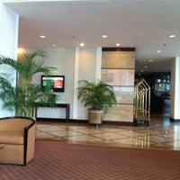 Foto tomada en Hotel Clarion Suites Guatemala City por Agustin B. el 4/27/2012