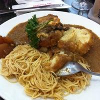 3/26/2011 tarihinde Jasli S.ziyaretçi tarafından Dessert's Bar'de çekilen fotoğraf