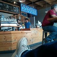 Снимок сделан в Water Avenue Coffee Company пользователем Geoff S. 6/24/2012