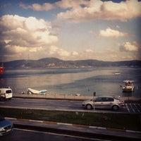 Das Foto wurde bei Tarihi Bilice Börekçisi von Guler E. am 12/24/2011 aufgenommen