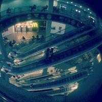 Снимок сделан в Shopping Center 3 пользователем Vinicius G. 8/13/2012