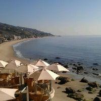 Das Foto wurde bei Malibu Beach Inn von Eloy Y. am 1/19/2012 aufgenommen
