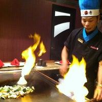 11/16/2011 tarihinde 🌟Maria R.ziyaretçi tarafından Ohjah Japanese Steakhouse Sushi & Hibachi'de çekilen fotoğraf