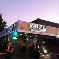 8/6/2011에 Dang T.님이 Mizu Sushi Bar & Grill에서 찍은 사진