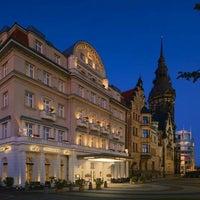 รูปภาพถ่ายที่ Hotel Fürstenhof โดย Christian K. เมื่อ 1/7/2012