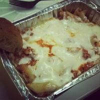 4/5/2012にYeji Rachael C.がBrooklyn's Old Neighborhood Style Pizzeriaで撮った写真