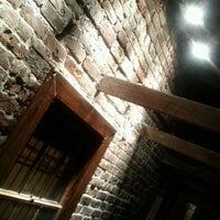 Das Foto wurde bei Sorrel Weed House - Haunted Ghost Tours in Savannah von Jason P. am 11/20/2011 aufgenommen