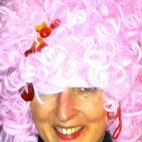 3/18/2011 tarihinde Hydie H.ziyaretçi tarafından Bar Le Petit'de çekilen fotoğraf
