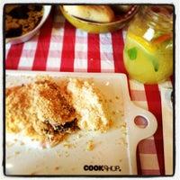 4/8/2012 tarihinde Busra M.ziyaretçi tarafından Cookshop'de çekilen fotoğraf