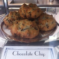 Foto tomada en Levain Bakery por experience: h. el 5/18/2012