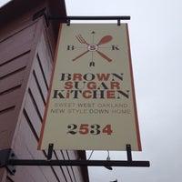 Foto diambil di Brown Sugar Kitchen oleh Tony O. pada 9/1/2012