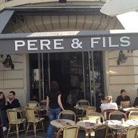 Photo prise au Café Père & Fils par Damien R. le3/23/2012