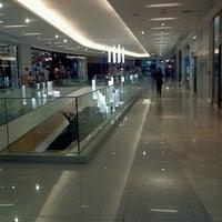 Foto diambil di Boulevard Shopping oleh Pedro R. pada 9/21/2011