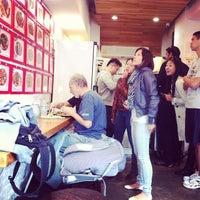 10/22/2011 tarihinde Jaime W.ziyaretçi tarafından Xi'an Famous Foods'de çekilen fotoğraf