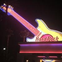 รูปภาพถ่ายที่ Hard Rock Hotel Las Vegas โดย Ben R. เมื่อ 7/18/2012