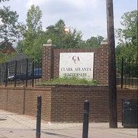รูปภาพถ่ายที่ Clark Atlanta University โดย Rae G. เมื่อ 8/3/2012