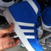c0cf90888 ... Foto tirada no(a) Adidas Outlet por Jorge T. em 3 13 ...