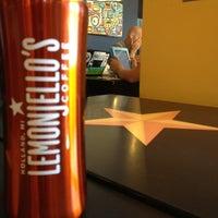 6/25/2012 tarihinde Parkerziyaretçi tarafından Lemonjello's Coffee'de çekilen fotoğraf