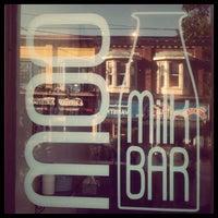 รูปภาพถ่ายที่ Moo Milk Bar โดย Yuli S. เมื่อ 8/20/2012