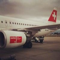 Foto tomada en Aeropuerto de Ginebra Cointrin (GVA) por Oleg R. el 9/2/2012