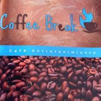 Foto tirada no(a) Coffee Break por Alan Ismael C. em 6/10/2012