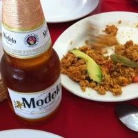 Foto tomada en Restaurante Hnos. Hidalgo Carrion por Mauricio N. el 4/27/2012